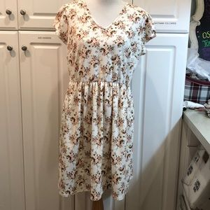 Honey and Lace dress with pockets